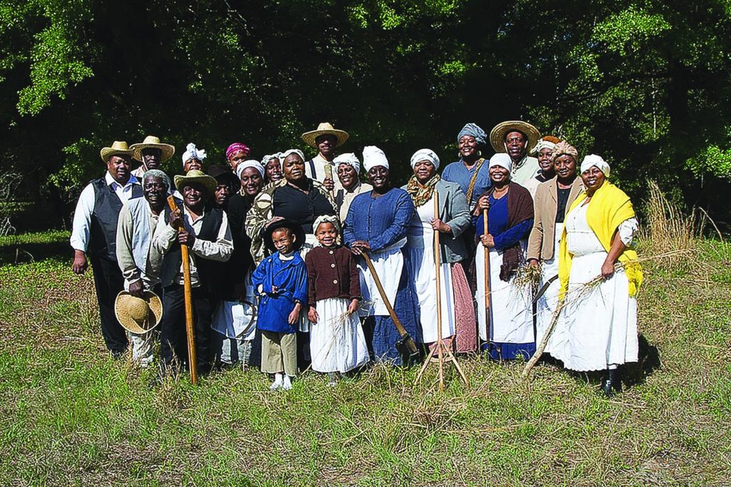 """the culture and history of the gullah people """"history of the gullah geechee gullah net: explore gullah culture in south carolina ask the students what they know about the gullah people and their."""